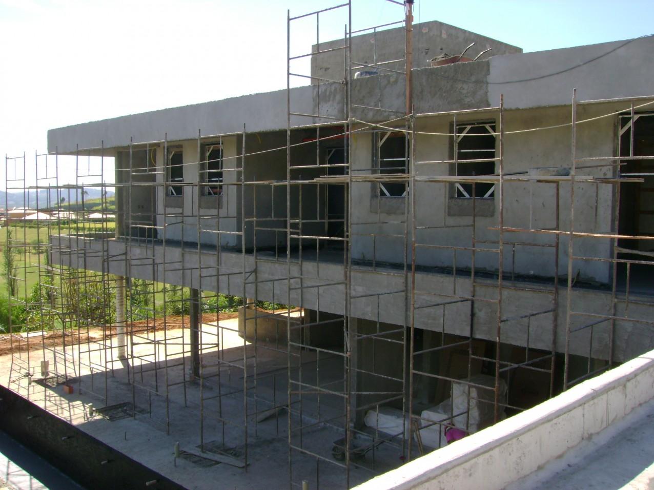 Obra residencial Fazenda da Grama 2